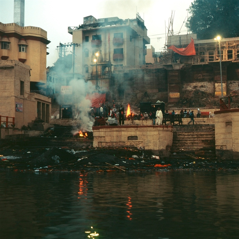 December 2018 Varanasi Mamiya6 Velvia100 7